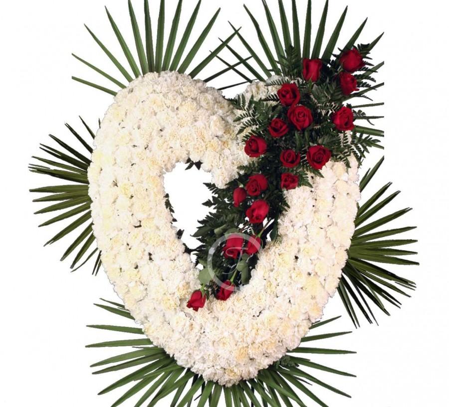 Corona Funeraria Corazón de Claveles