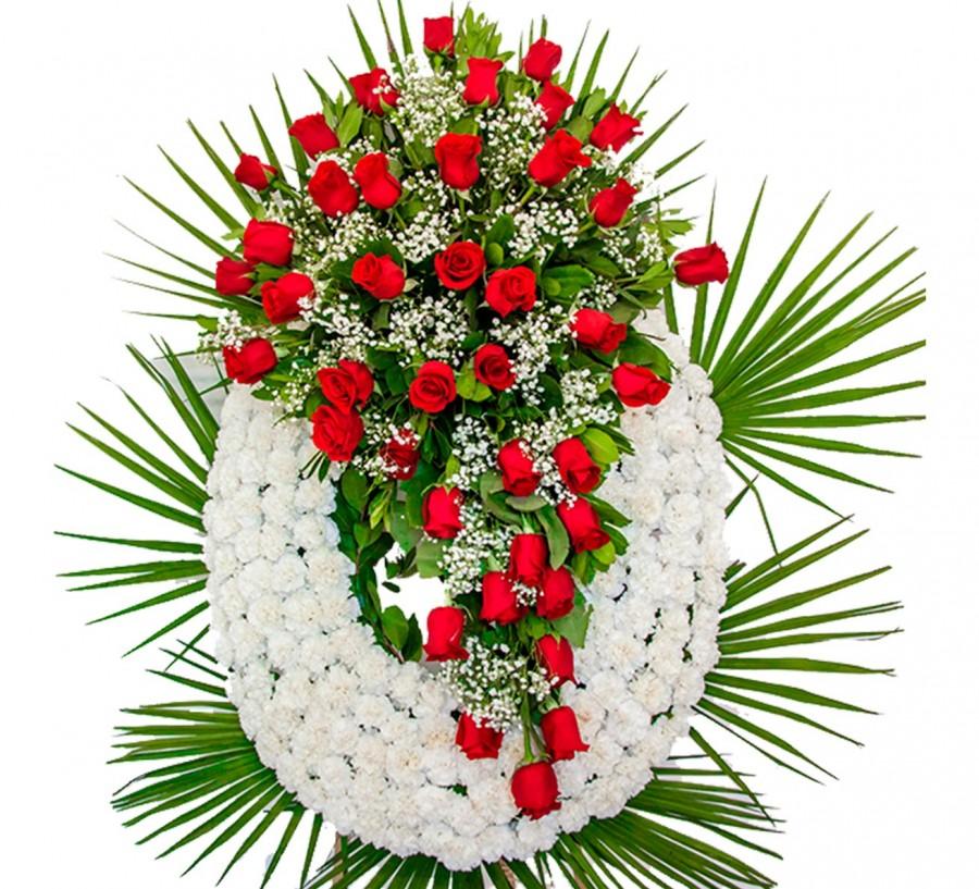 Corona Blanca con lagrimas de rosas